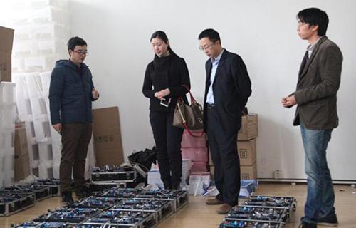 NCIT中心负责人参观华清远见研发中心